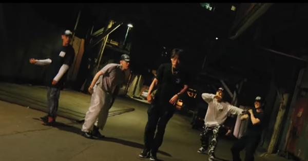 Tổ hợp rapper Kpop tung ca khúc remix của Rain liền lọt top 3 Melon 2020 cùng IU và Zico, chỉ 1 ngày đã ''đá văng'' TWICE khỏi No.1