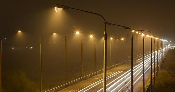 Viện Ung thư Quốc gia Hoa Kỳ đã đưa ra khuyến cáo: Hạn chế ra đường buổi tối vì ánh sáng này sẽ làm tăng nguy cơ mắc bệnh ung thư vú lên 10%