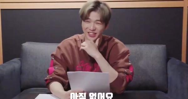 CEO Kang Daniel cười tít cả mắt dù bị nhân viên công ty phũ: ''Đến giờ vẫn không thích bài hát nào của cậu ấy''