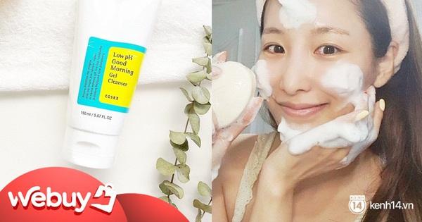 6 sữa rửa mặt cho da dầu mụn được bác sĩ da liễu khen ngợi, giá từ 200k và toàn loại dễ mua