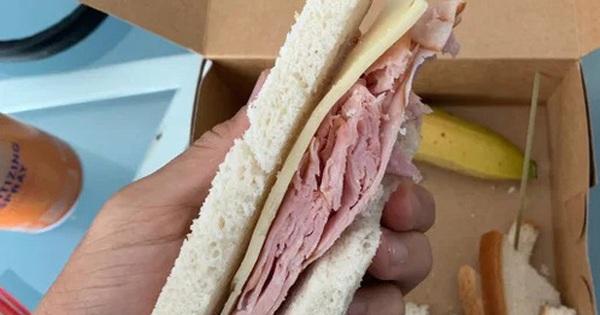 Sao bóng đá Mỹ méo mặt vì tin lời quảng cáo: Cầm trên tay chiếc bánh hơn... 1 triệu VNĐ nhưng chẳng bằng bánh mì Việt Nam