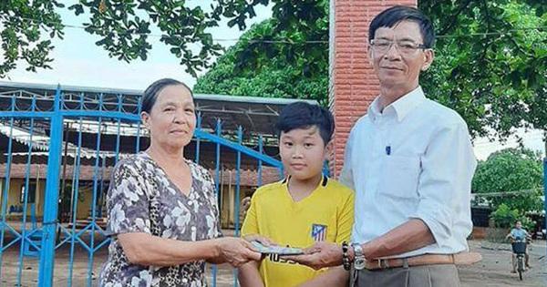 Cậu học sinh trả lại 50 triệu đồng, người bị mất xin nhận làm con nuôi