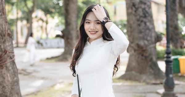 Loạt gái xinh trường Chu Văn An, cánh con trai trường ngoài không xem thì hơi phí đấy!