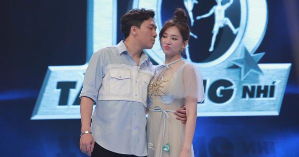Trấn Thành không ngại chọc Hari Won trên truyền hình: ''Em vẫn đẹp nhưng chỉ có già thôi!''