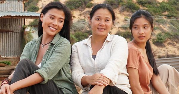 Thương thay chuyện tình 3 nữ chính Cát Đỏ: Người chồng vẫn mang tiếng chửa hoang, kẻ đi tu vì tình đầu tan vỡ