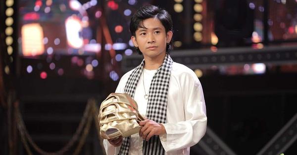 Ricky Star tạo nên ''cuộc chiến 4 nón vàng'' không khoan nhượng tại ''Rap Việt'' với bài thi đậm chất kinh dị!