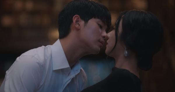 Phản diện dễ diệt đến bất ngờ, Điên Thì Có Sao tập 15 chỉ xoay quanh màn dỗ bồ của Kim Soo Hyun