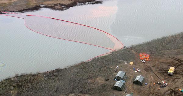 Hơn 20 nghìn tấn dầu tràn ra sông, Nga tuyên bố tình trạng khẩn cấp