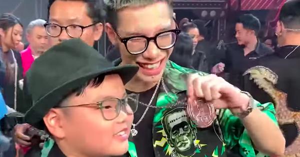 ''Đốn tim'' với khoảnh khắc con trai Xuân Bắc bày tỏ tình cảm với MCK: ''Chương trình rất hay nhưng mà hơi buồn idol''