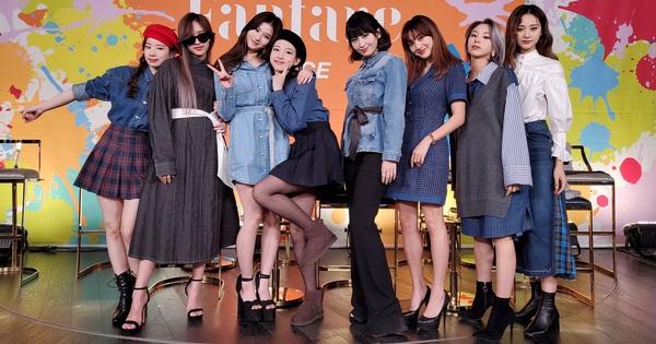TWICE lại có một màn hát live 'đi vào lòng đất', bị netizen thẳng thắn chê ngồi yên một chỗ mà hát cũng không xong?