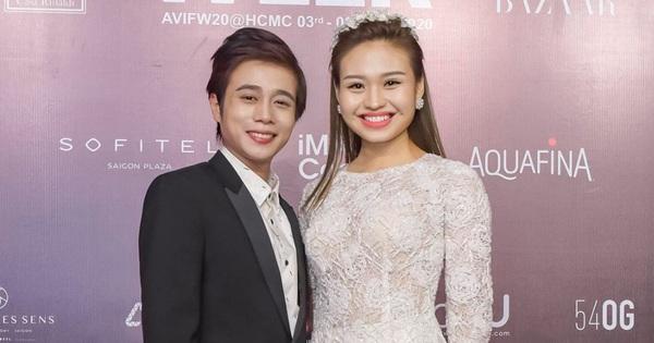 Tuấn Dũng trang điểm khác lạ, tình tứ cùng Lê Lộc tại thảm đỏ tuần lễ thời trang, lẽ nào đã ''cưa đổ'' crush?
