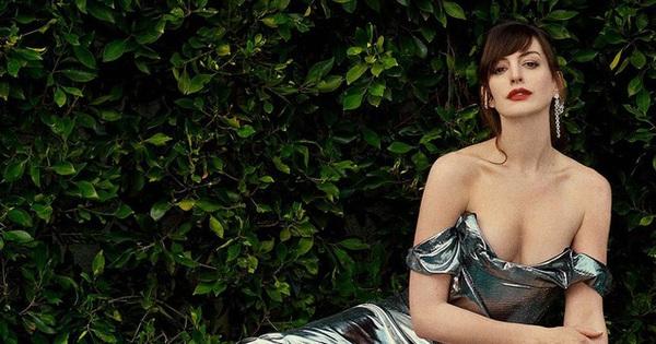 ''Yêu nữ thích hàng hiệu'' Anne Hathaway khoe vòng 1 gợi cảm khó cưỡng ở tuổi 38
