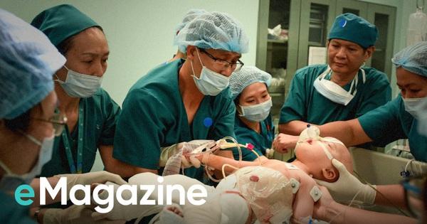 """6 tháng sau ca phẫu thuật tách rời Song Nhi: """"Ê-kíp thỏa mãn khi đã chạm tới ước mơ, trả lại cho 2 con một cuộc đời lành lặn"""""""