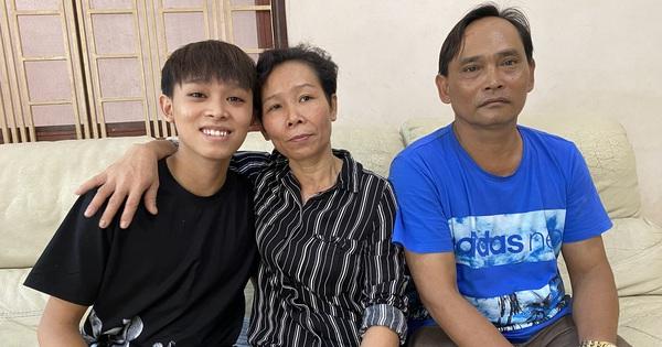 Gia đình Hồ Văn Cường dọn ra khỏi nhà Phi Nhung sau ồn ào tiền cát xê, ekip chốt 1 câu cho thấy mối quan hệ căng thẳng?