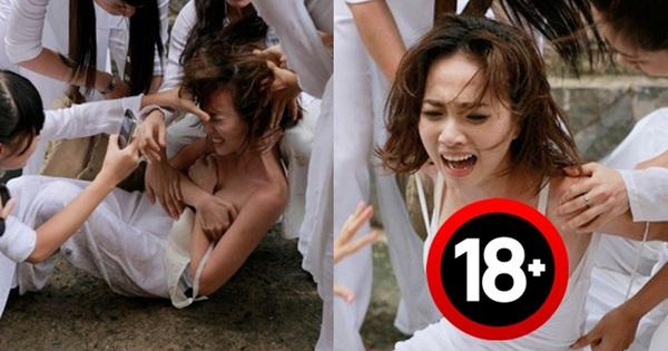 Nữ sinh bị đánh hội đồng, xé áo lộ cả ngực rồi quay clip: Đây chính là cảnh bạo lực học đường ám ảnh nhất phim Việt!