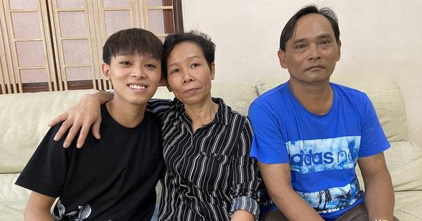 Bố mẹ ruột Hồ Văn Cường làm gì khi còn ở nhà Phi Nhung, được trả bao nhiêu và cuộc sống thế nào?