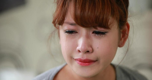 Chi Pu quả là có thù 'không đội trời chung' với Tiếng Anh: Lần nào cũng sai tè le, chêm nửa Anh - nửa Việt rõ tức cười