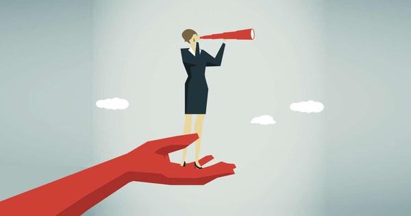 Xuất hiện bài toán khó: Giữa người ưa nịnh và có năng lực, nên giữ ai lại? Đáp án cho thấy cao tay lắm mới làm sếp được!