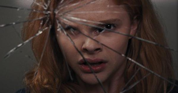 Bị bạn bè bắt nạt, cô bé nhút nhát này lại sở hữu bí mật ghê gớm khiến tất cả phải trả giá kinh hoàng: Ám ảnh bộ phim về bạo lực học đường!