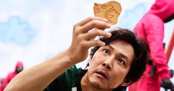 Trò 'tách kẹo' ở Squid Game té ra có cách thắng đơn giản như này, nhanh gọn lại thoải mái mà chả ai nhận ra?
