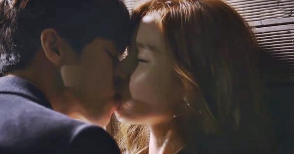 4 nụ hôn bị ném đá tơi tả ở phim Hàn: Số 1 y hệt quấy rối tình dục, trùm cuối xem mà nóng mắt thật luôn!