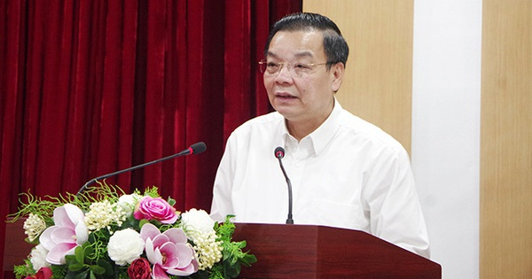 Chủ tịch Hà Nội nói gì về việc mở lại đường bay nội địa và thời gian học sinh trở lại trường?