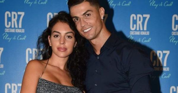 Chỉ với một câu nói, fan thêm hiểu vì sao Ronaldo lại yêu bạn gái Georgina nhiều đến vậy