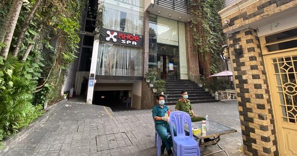 Cận cảnh quán cafe, quán ăn và tiệm massage ở Sài Gòn bị phong toả vì công chứng viên mắc Covid-19 từng ghé qua