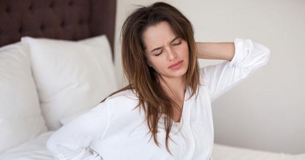 4 hiện tượng xuất hiện vào ban đêm ngầm cảnh báo gan đang bị tổn thương nghiêm trọng