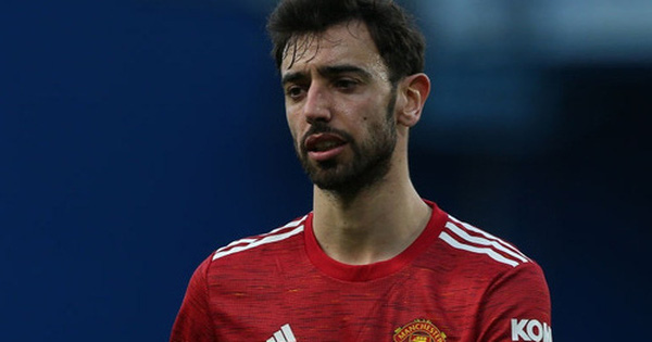 Cầm chân Chelsea, MU kém đội đầu bảng Man City tới 12 điểm
