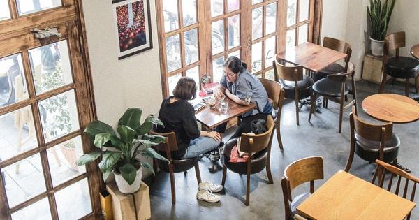 Từ 0h ngày 2/3, Hà Nội cho phép các nhà hàng, cà phê phục vụ trong nhà mở cửa trở lại