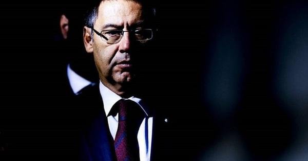 Nóng: Cảnh sát bắt giữ cựu Chủ tịch Bartomeu và 4 quan...