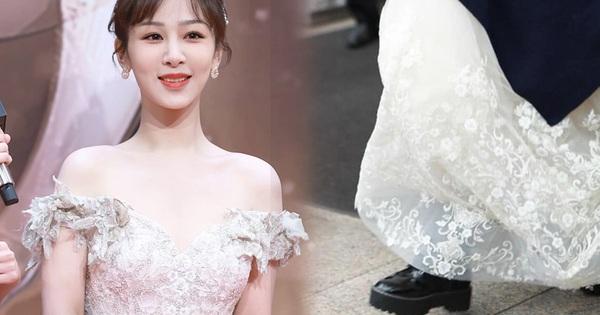 Netizen tranh cãi chuyện Dương Tử chuyên diện đầm dạ hội mà đi giày hầm hố: 'Không tôn trọng khán giả sao?'