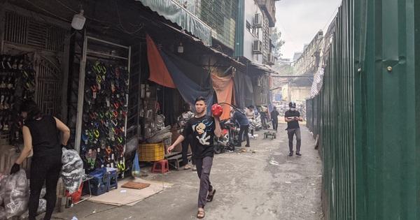 Hà Nội: Cháy lớn trên phố cổ vào giờ trưa, người dân hoảng loạn
