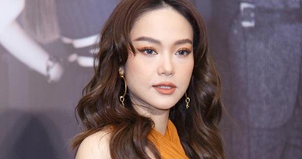 Minh Hằng hôm qua makeup tóc tai trông thật lạ...