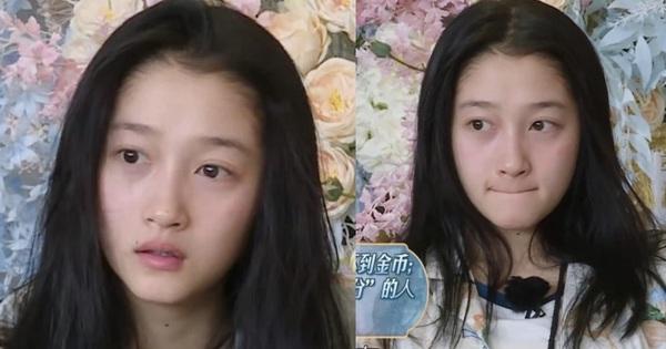 Mặt mộc còn ngái ngủ của Quan Hiểu Đồng khiến cả Weibo bất ngờ: Làn da mịn màng không tì vết, Luhan đúng là có 'số hưởng'