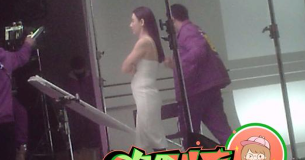 Ảnh hậu trường tiết lộ body thực tế của Trương Bá Chi, tin đồn mang thai lần 4 với Tạ Đình Phong là thật?