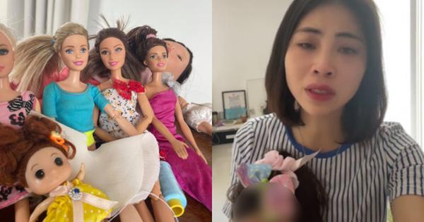 YouTuber Thơ Nguyễn tiếp tục lên tiếng xin lỗi, chia sẻ đã chơi búp bê 20 năm: 'Thành vì búp bê, bại vì chị'