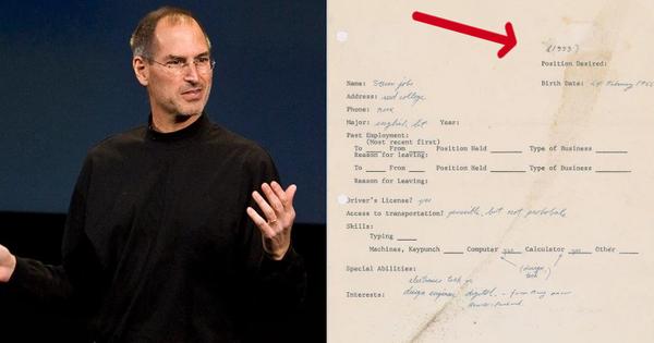 Đơn xin việc của Steve Jobs thời còn là 'chiếc chiếu mới' được bán với mức giá không tưởng