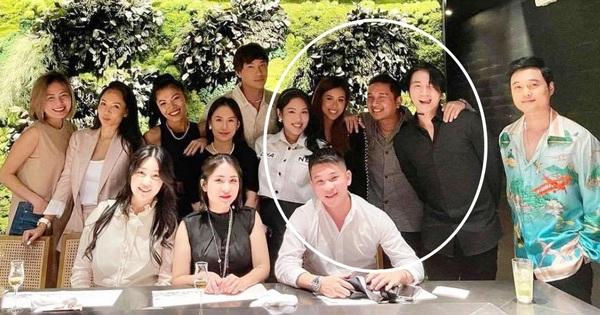 Karik bất ngờ xuất hiện gần kề 'đệ nhất con nhà giàu Việt' Tiên Nguyễn, chỉ 1 động thái đã gây tò mò về mối quan hệ đôi bên