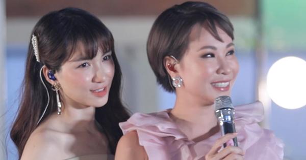 Hoà Minzy lắc đầu ôm mặt, mắt nhắm nghiền khi nghe Uyên Linh khoe giọng đẳng cấp, trông có khác nào fangirl không?