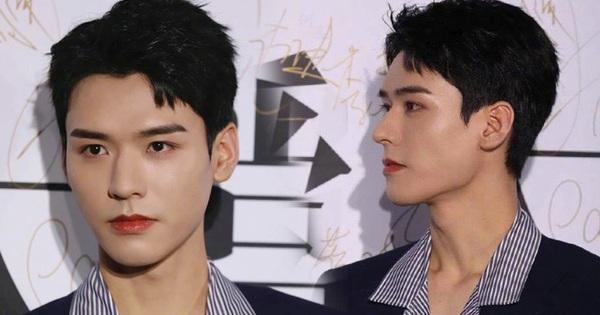 Ảnh chưa qua chỉnh sửa của mỹ nam Thiên Nhai Khách gây bão Weibo: Không tìm ra khuyết điểm, fan nữ ghen tị 'đỏ mắt'