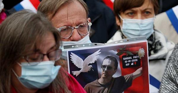 Pháp: Thầy giáo bị chặt đầu sau lời nói dối của nữ sinh