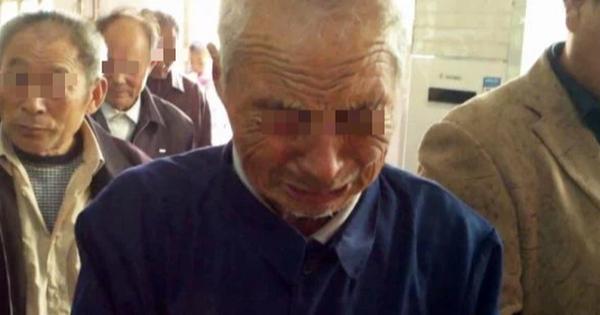 Con trai đậu đại học nổi tiếng nhưng đòi làm thợ cắt tóc, người bố nghèo mòn mỏi tìm con 12 năm mới phát hiện ra câu chuyện ứa nước mắt