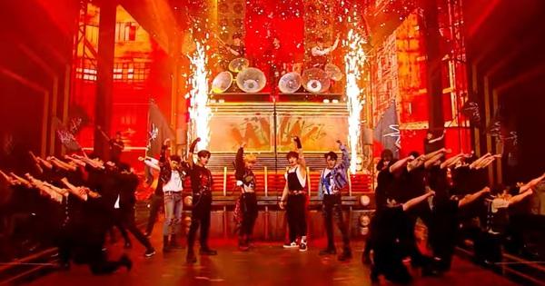 'Đàn em TWICE' diễn DDU-DU DDU-DU quá tốt, iKON có Lisa hỗ trợ vẫn bị cho 'ngửi khói' về lượt view