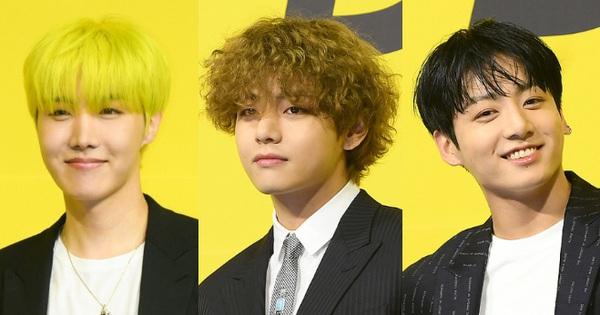 BTS đổ bộ họp báo comeback 'gây nổ' MXH: Jungkook cuối cùng đã quay lại visual đỉnh cao, nam thần V gây sốc với tóc xoăn xù dìm thê thảm