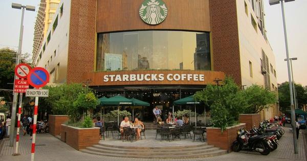 KHẨN: TP.HCM tìm người đến Nhà sách Nguyễn Huệ và Starbucks quận 1 vì liên quan đến 2 ca nhiễm Covid-19