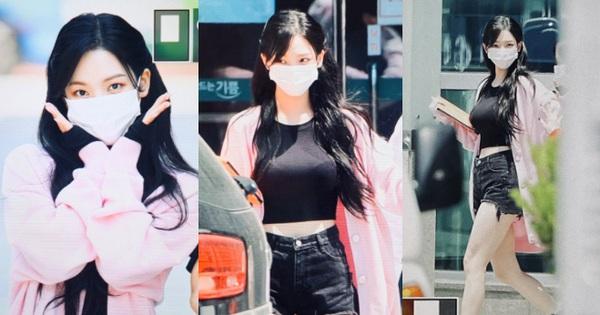 Xuất hiện 'thánh body' mới đe dọa Lisa (BLACKPINK) và Wonyoung: Lộ đôi chân báu vật, nhan sắc chấp luôn ảnh đi làm chụp vội