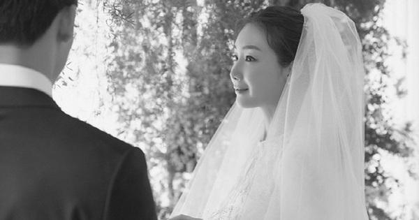 Profile hiếm về người chồng ''cắm sừng'' Choi Ji Woo: CEO kém nữ diễn viên đến 9 tuổi, thậm chí còn đổi tên giấu danh tính?