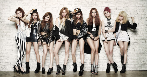 Nhóm nữ 12 năm thể hiện vũ đạo đều đến kinh ngạc dù đã U40, Knet hò reo: 'Xin hãy tái ra mắt lần nữa!'